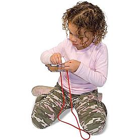 Фото 3 к товару Набор шнуровка «Домашние животные» Melissa & Doug