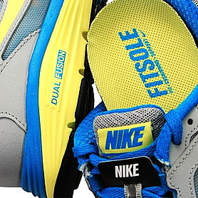 Фото 3 к товару Кросcовки женские Nike Dual Fusion Run