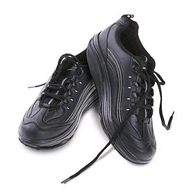 Фото 2 к товару Кроссовки черно-белые WalkMaxx