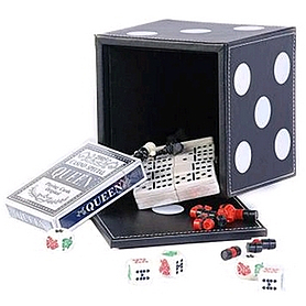Набор игр 5 в 1: карты, шахматы, шашки, домино, кости