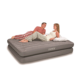 Фото 1 к товару Кровать надувная двуспальная Intex 67744 (203х152х46 см)