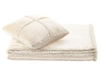 Набор одеяло + подушка Dormeo Теплые объятия слоновая кость