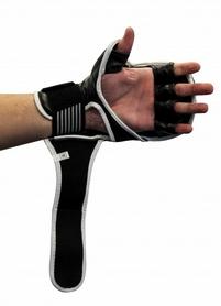 Фото 2 к товару Перчатки для смешанных единоборств 7 oz Fighter black