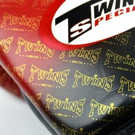 Фото 5 к товару Перчатки боксерские Twins FBGLL-TW1-RD красные