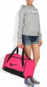 Фото 6 к товару Сумка спортивная Nike Womens Brasilia 6 Duffel S Red