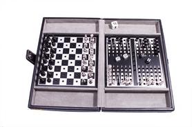 Фото 1 к товару Набор из 3 игр в кожаном кейсе (шахматы, шашки, нарды) Duke SG1150