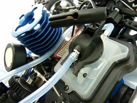 Фото 4 к товару Автомобиль радиоуправляемый Himoto Трагги MEGAP MTR-3 HI933T NITRO 1:10