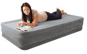Фото 3 к товару Кровать надувная односпальная Intex 67766 (99х191х33 см)