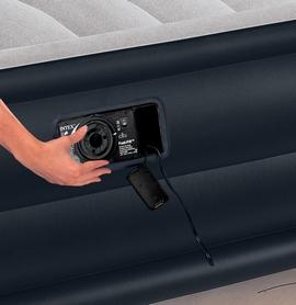 Фото 2 к товару Кровать надувная двуспальная Intex 67738 (203х157х48 см)