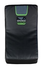 Фото 1 к товару Макивара изогнутая Bad Boy Pro Series 3.0 Curved green