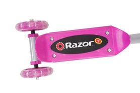 Фото 2 к товару Самокат детский Razor Jr Lil Kick розовый