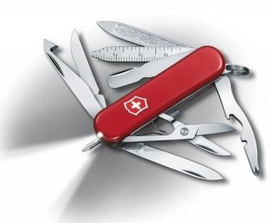 Нож швейцарский Victorinox Midnite Minichamp красный