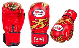 Перчатки боксерские Twins MA-5435 красные