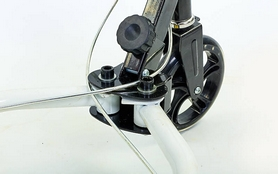 Фото 7 к товару Трайк-самокат трехколесный детский Trikke Scooter (180 мм) черный