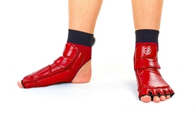 Распродажа*! Защита для ног (стопа) ZLT BO-2601-R красная - размер 9 (43-44)