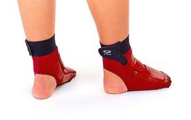 Фото 3 к товару Защита для ног (стопа) ZLT BO-2601-R красная