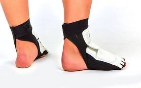 Фото 3 к товару Защита для ног (стопа) ZLT BO-2601-W белая