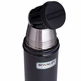 Фото 4 к товару Термос Stanley 470 мл черный