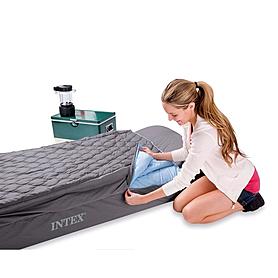 Фото 2 к товару Кровать надувная односпальная Intex 66998 (193х91х25 см)