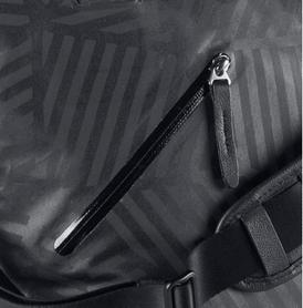 Фото 4 к товару Сумка женская Nike Formflux Tote черная в полоску