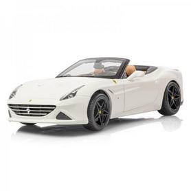 Машинка игрушечная Bburago Ferrari California (1:24) серый металлик