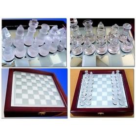 Фото 3 к товару Шахматы стеклянные JB-014