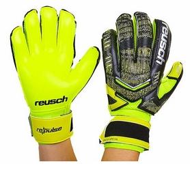 Перчатки вратарские с защитными вставками на пальцы Reusch FB-882-1 салатовые