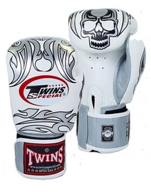 Перчатки боксерские Twins FBGV-31S-WH белые