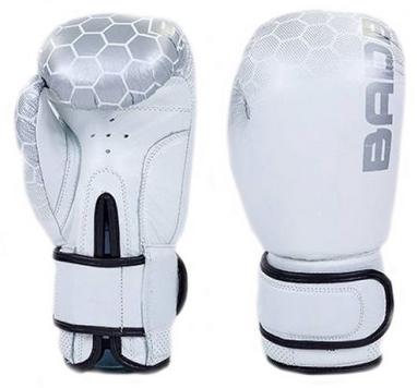 Перчатки боксерские кожаные Bad Boy, бело-серебристые