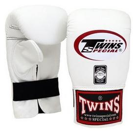 Перчатки снарядные кожаные Twins Muay Thai Bag Gloves, белые (FP-TW-G-020-WH)