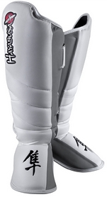 Защита голени Hayabusa Tokushu Striking Shin Guards, белая (FP-TSSG)