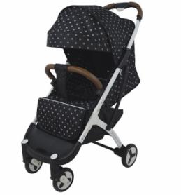 Детская прогулочная коляска Yoya Plus 3 Звезды Черная (64521)