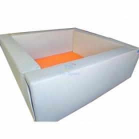 Сухой бассейн квадратный белый